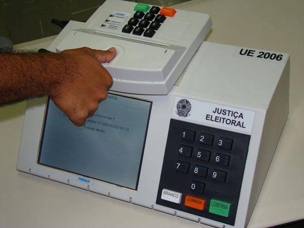 Urna_biometrica