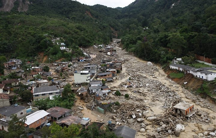 Mortes nas enchentes do rio de janeiro abobado - Fotos terras ...